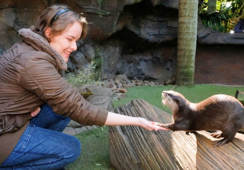 Nicole-with-otters-FB